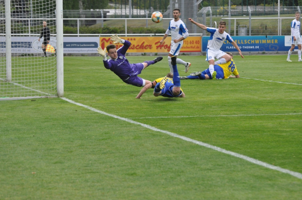 24.-Spieltag-FSV-63-Luckenwalde-TV-Askania-Bernburg-32