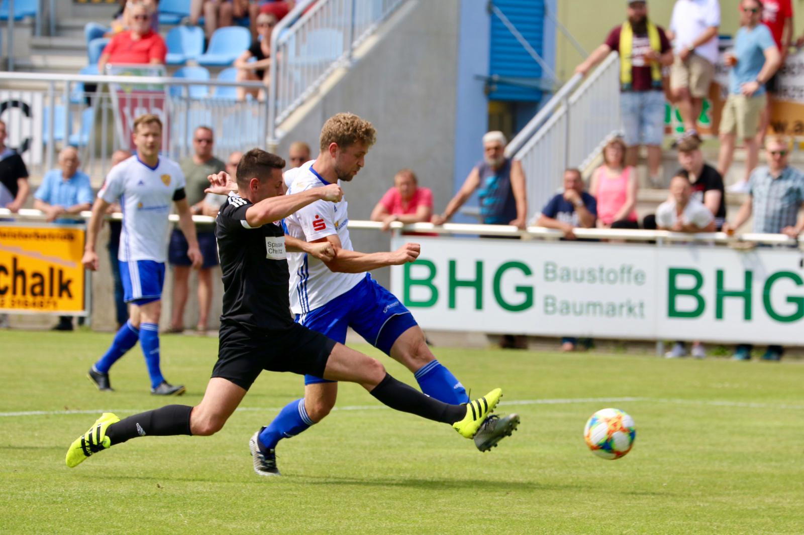 30.-Spieltag-FSV-63-Luckenwalde-VfL-05-Hohenstein-Ernstthal-8